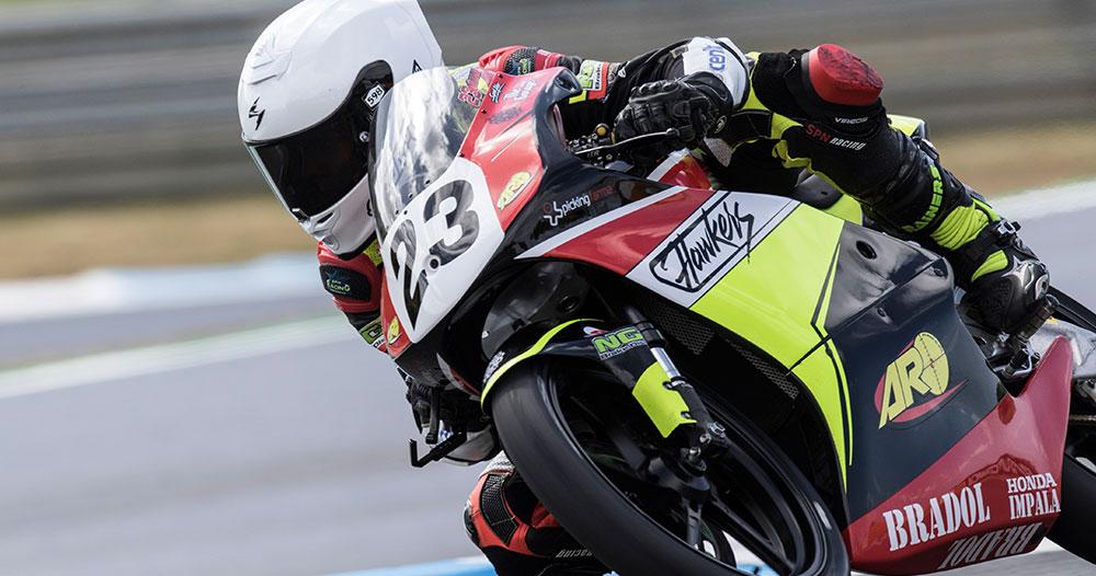 Pintado de motos de competición