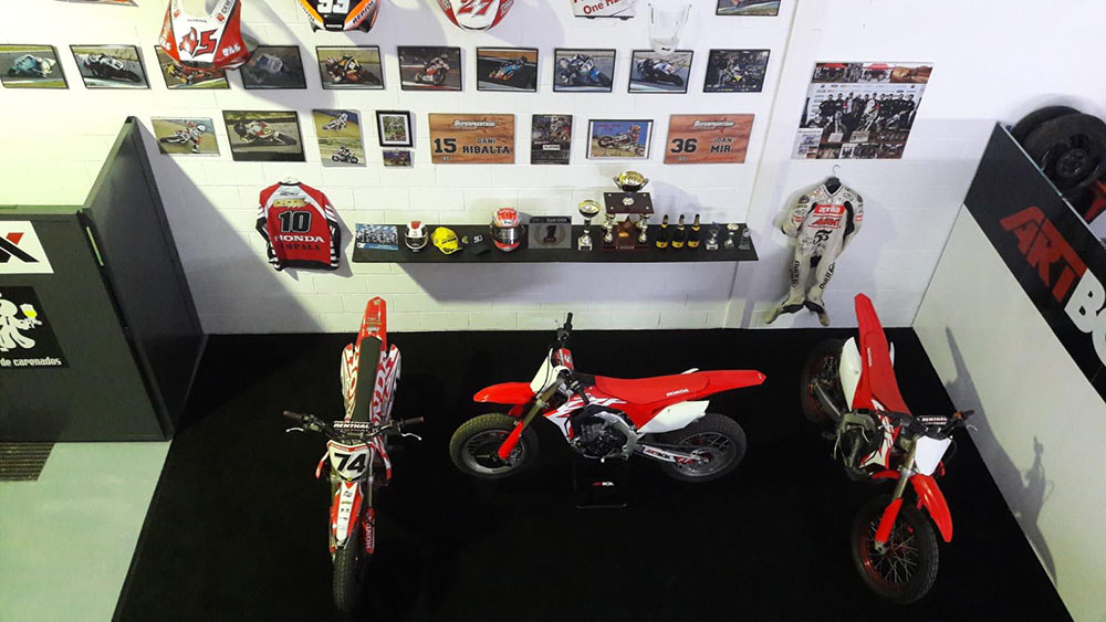 Taller de pintura de motos